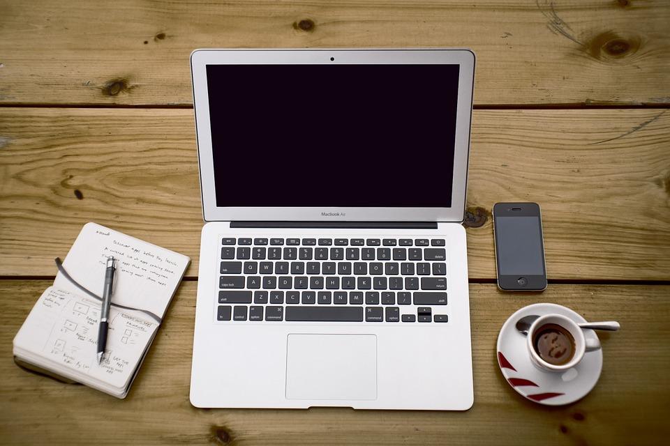 home-office-336378_960_720.jpg